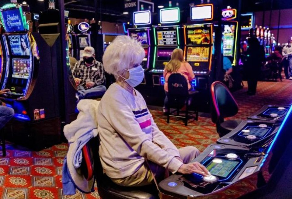 Three Efficient Ways To Get Extra Out Of Casino