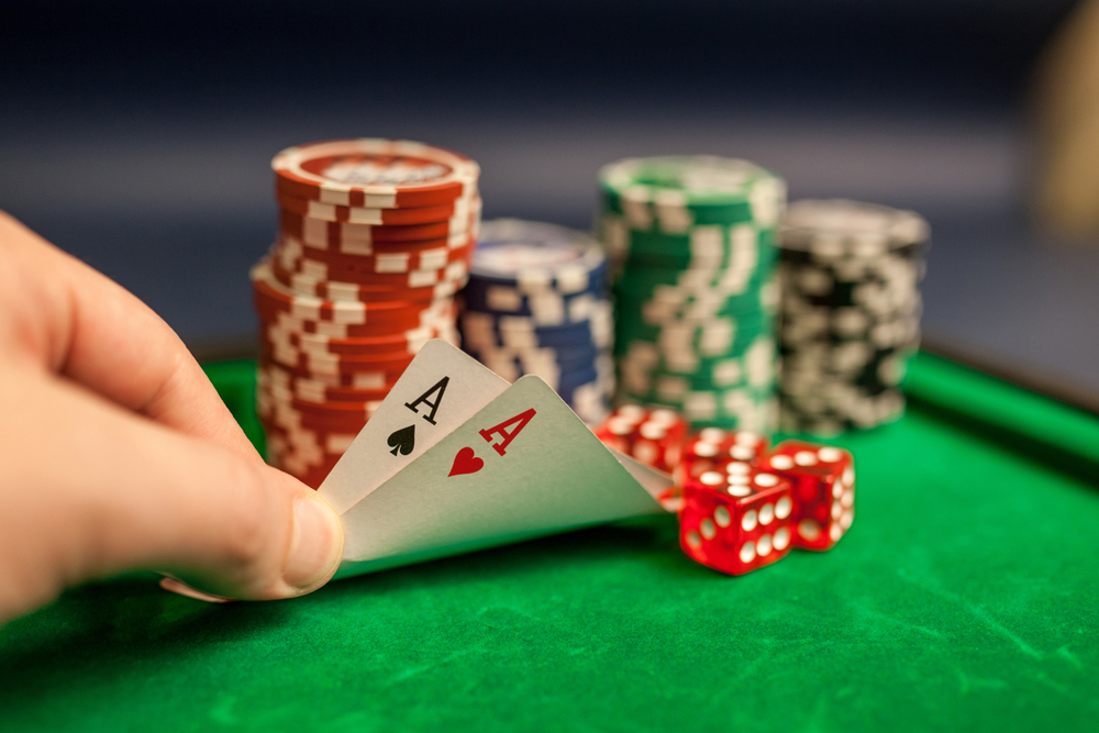 Play and earn real money by playing online casino games